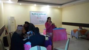 Mrs-Puspa-Bhusal,member-Province-Planning-Commission-5,-Adressing-to-Butawal-Workshop